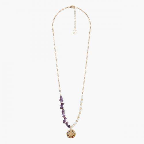 Collier perles d'imitation, pierres et médaille Capsule